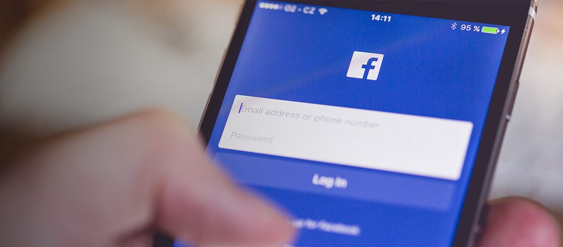 Social Media, Facebook for Mobile
